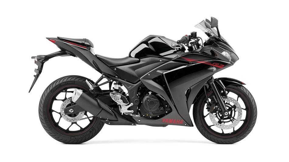 http://bonovo.motoccs.com/fileuploads/Produtos/2015-Yamaha-YZF-R320-EU-Midnight-Black-Studio-002.jpg