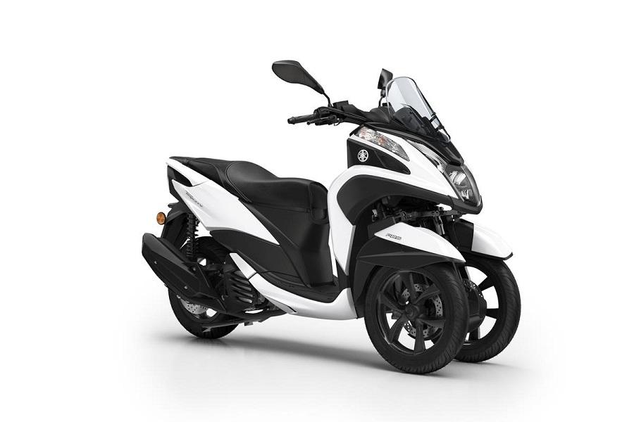 http://bonovo.motoccs.com/fileuploads/Produtos/SCOOTERS/Yamaha/_2017_YAM_MW125_EU_WM6_STU_001_03.jpg